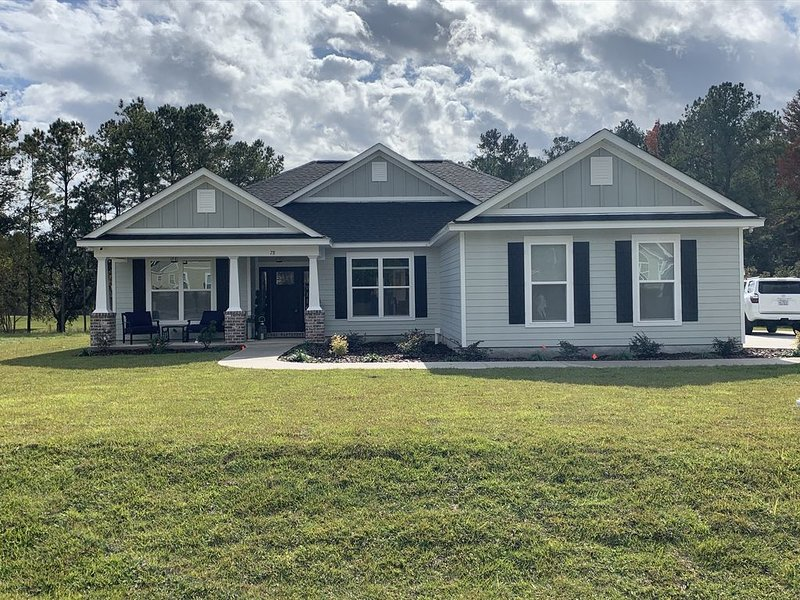 Newly Constructed Home ( Nov 2019)  Just off HWY 319., alquiler vacacional en Panacea