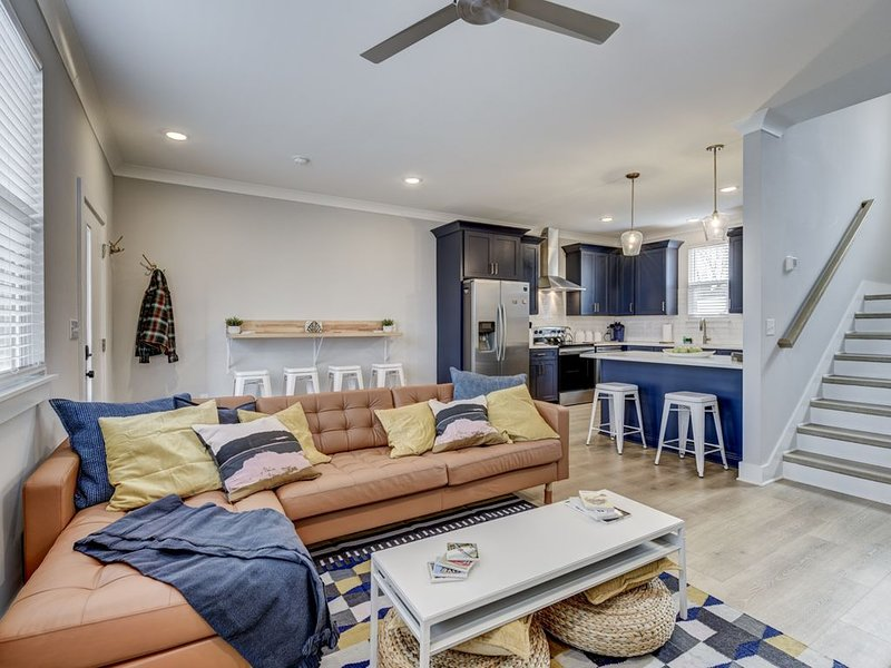 Brand New Modern Townhome, holiday rental in Whites Creek