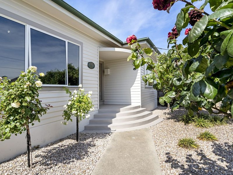 Bradman House Invermay, holiday rental in Rosevears