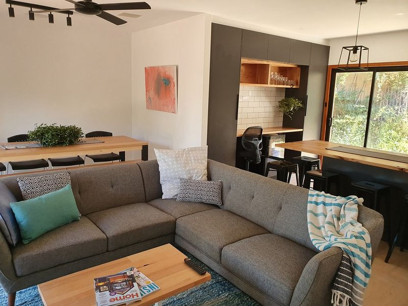 Seacliff Park Holiday Home, holiday rental in Hallett Cove