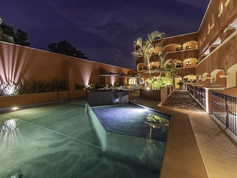 Poolside Unit in Downtown Todos Santos - New listing!, vacation rental in Todos Santos
