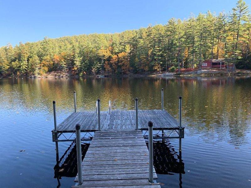 Lakefront Getaway Home, location de vacances à Warrensburg