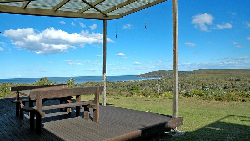 Angourie Vista - views over beaches, holiday rental in Maclean