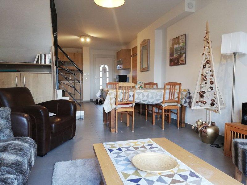 appartement terrasse neuf au calme très proche centre ville , 4 à 6 personnes., vacation rental in Gerardmer