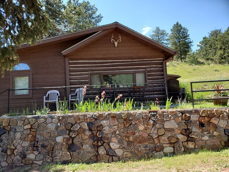 Historic Crystola Cabin, holiday rental in Woodland Park
