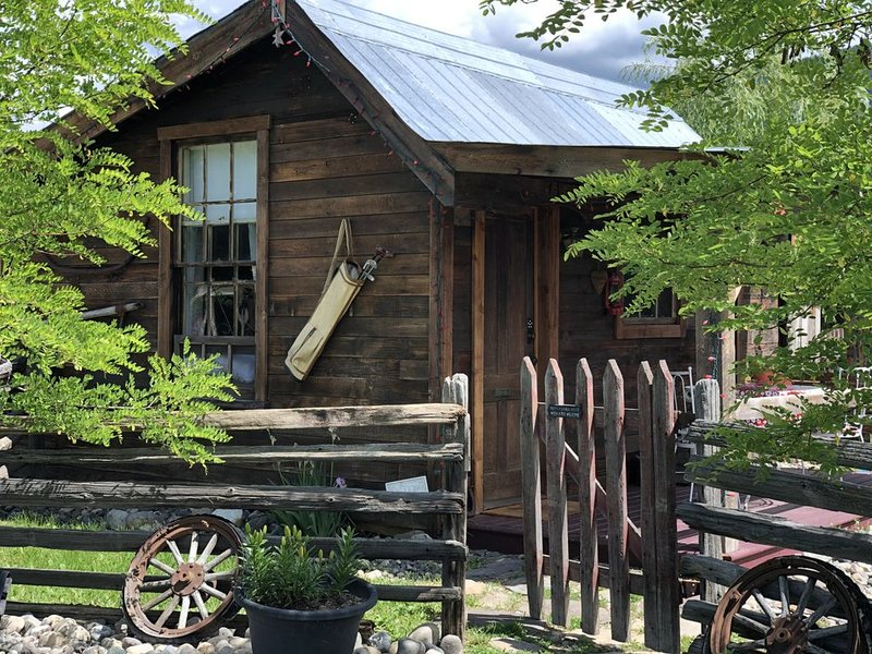 Little House on Pottery Road, holiday rental in Silver Star