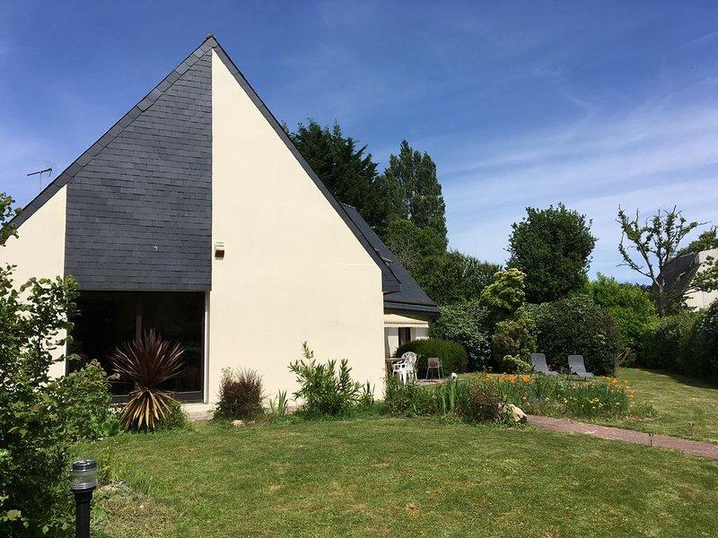 Grande maison familiale proche de la mer, casa vacanza a La Foret-Fouesnant
