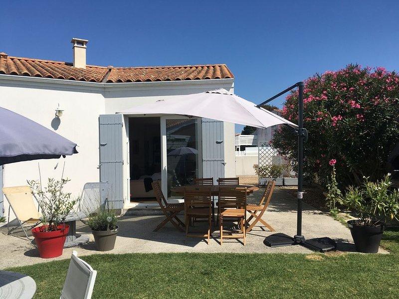 Magnifique villa contemporaine avec jardin., casa vacanza a Le Chateau d'Oleron