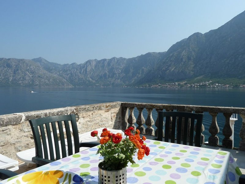BEST TERRACE IN PRCANJ - As Featured on 'A Place in the Sun' 2013, vacation rental in Prcanj
