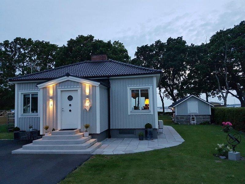 Vacker litet hus direkt vid havet, location de vacances à Sölvesborg