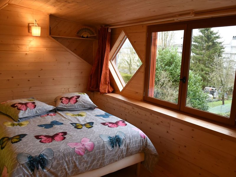 La maison aux jardins, vacation rental in Le Chesne