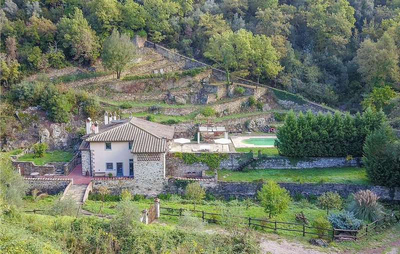 4 Zimmer Unterkunft in Greve in Chianti, holiday rental in La Panca
