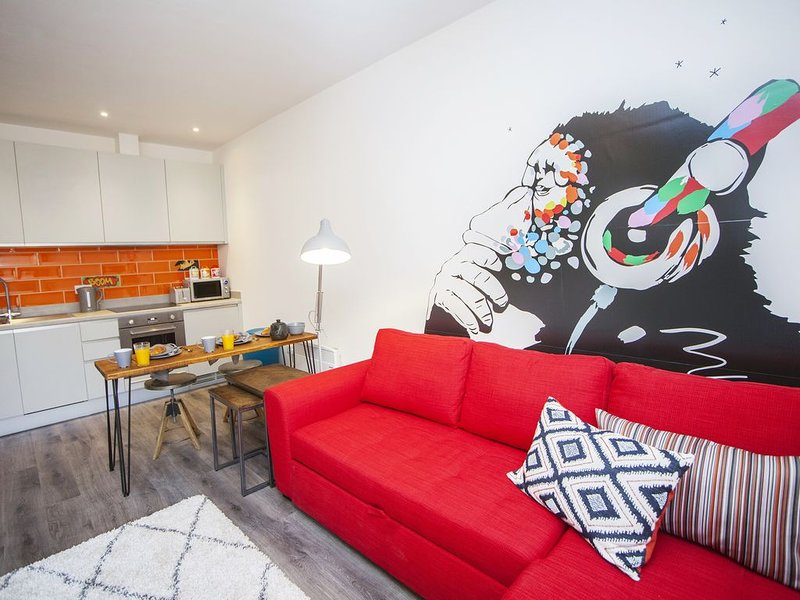 higgihaus Apartment (#23). Cool. Quirky. Stylish. Awesome Central Location., alquiler de vacaciones en Kingswood