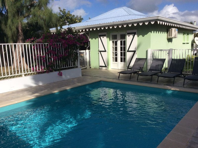Filao Villa with private pool and secure in Sainte Anne, location de vacances à Sainte-Anne