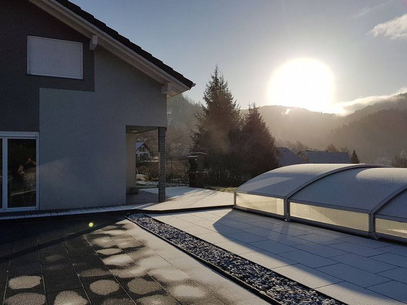 Chalet piscine spa ski station Ventron-Hohneck-La Bresse-Gerardmer-Lispach, holiday rental in Husseren-Wesserling