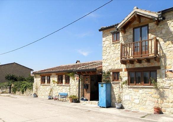 Casa rural (alquiler íntegro) La Estrella Polar para 4 personas, location de vacances à Province de Ségovie