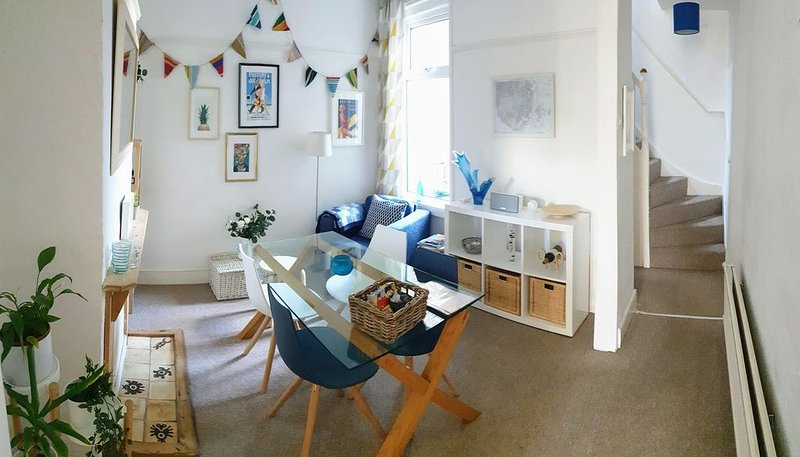 Cosy 3 bed house in central Southsea (10 min walk to beach), holiday rental in Portsmouth
