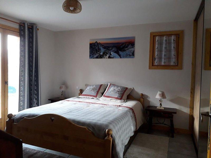 Chalet typique savoyard avec vue sur le Mont Blanc, location de vacances à Hauteluce