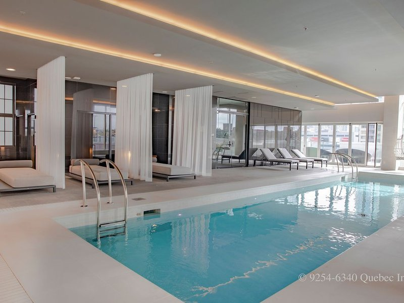 Private Luxury Suite with Premium Amenities, vacation rental in Montreal