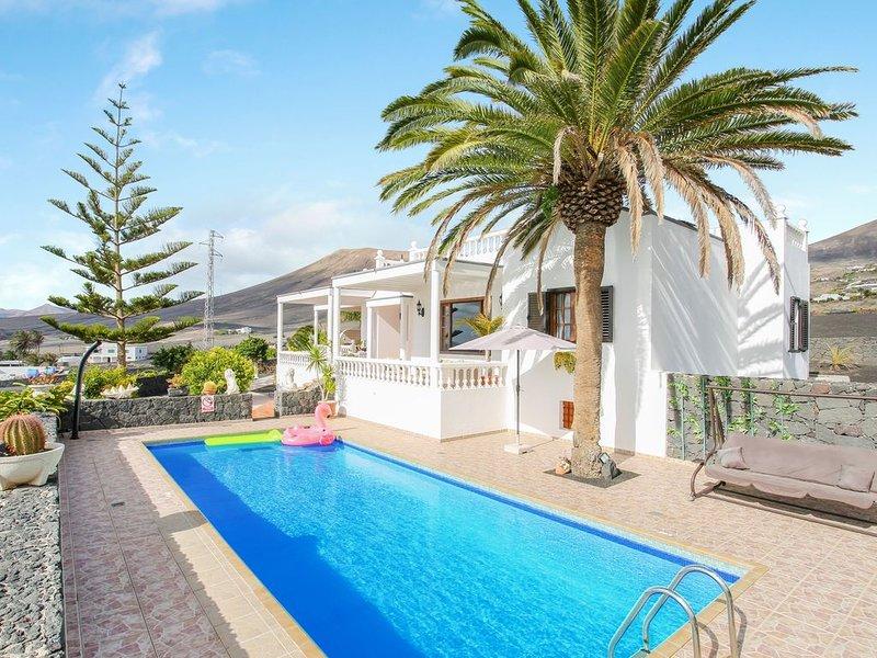 Elegantes Haus Casa Salinoco mit Pool, Meerblick, Terrasse und WLAN; Parkplätze, alquiler de vacaciones en Mácher