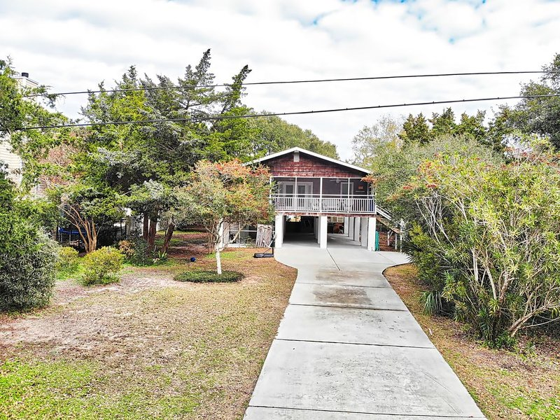 Adorable beach home in North Litchfield!!!, aluguéis de temporada em Litchfield Beach