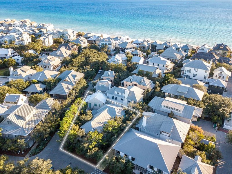 Rosemary Beach 'Pura Vida' 174 Round Road Carriage House