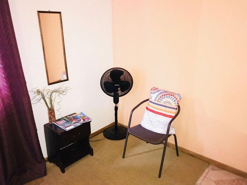 Caffè del Gufo Rooms & cafetería , DOWNTOWN LA FORTUNA, ARENAL VOLCANO, aluguéis de temporada em La Fortuna