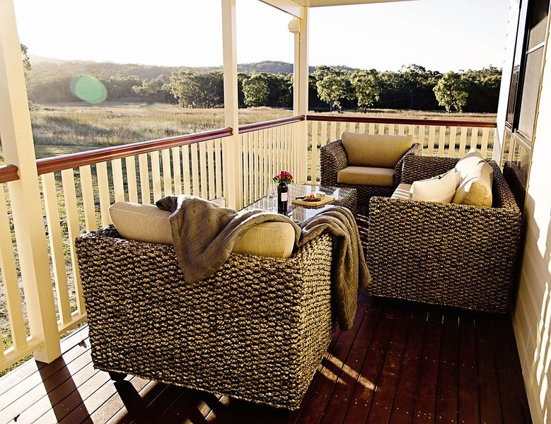 Newly Built Country Homestead, holiday rental in Liston