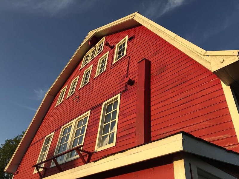 Beautifully Restored Barn, location de vacances à Lakewood  Snohomish County