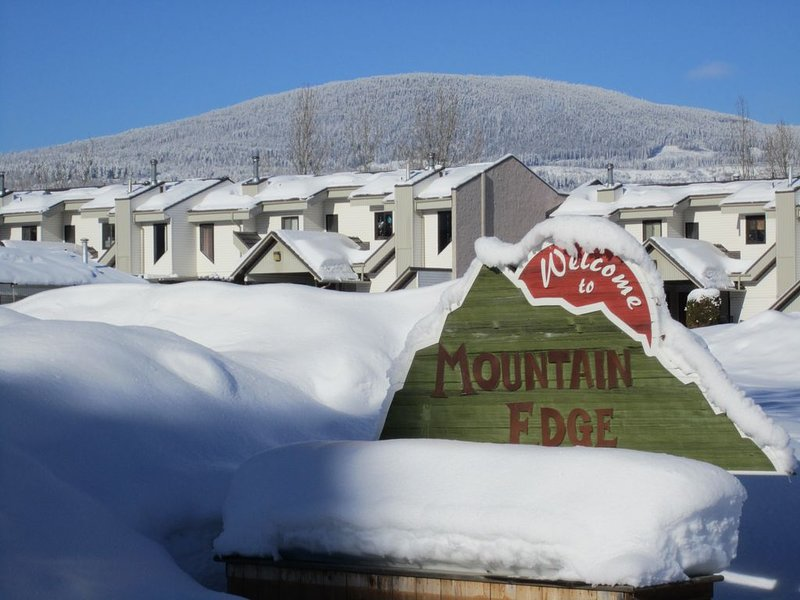 Mountain Ski-in Ski-out - Great Golf and Hiking!, holiday rental in Kimberley