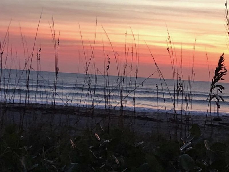 Steps to the Ocean - Cocoa Beach Getaway!!, vacation rental in Viera