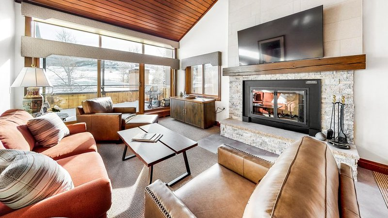 Villas at Snowmass Club 1436: Snowmass Club Access, alquiler vacacional en Woody Creek