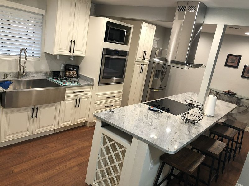 EV friendly home away from home!, vacation rental in Corpus Christi