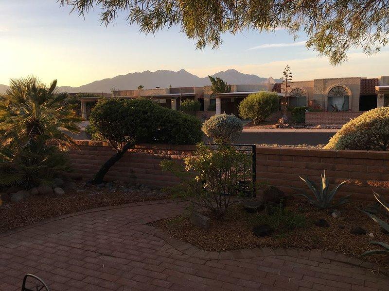 Affordable Private Condo with Spectacular Mountain View, alquiler vacacional en Amado