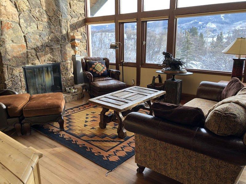 Beautiful Snowmass Village Family Home, Stunning Mountain Views Sleeps 8, casa vacanza a Snowmass Village