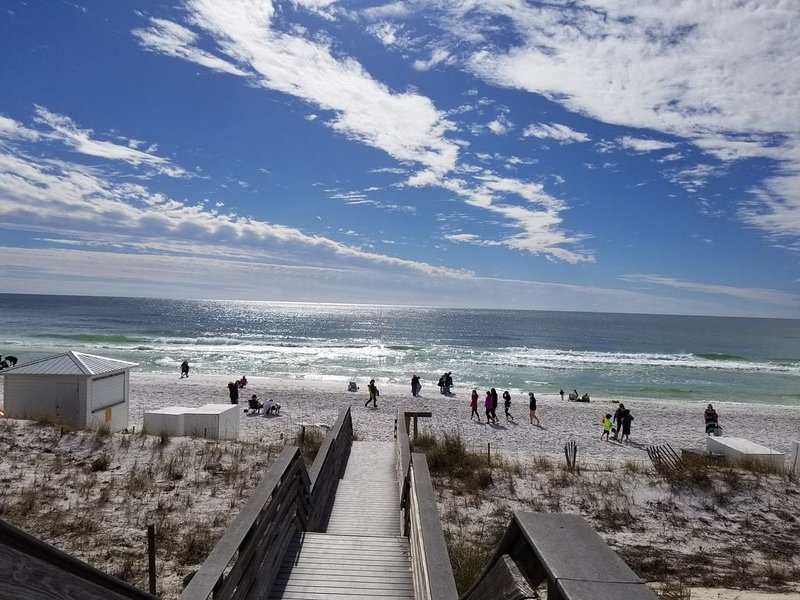 SEADOG SANDESTIN FLORIDA, holiday rental in Destin