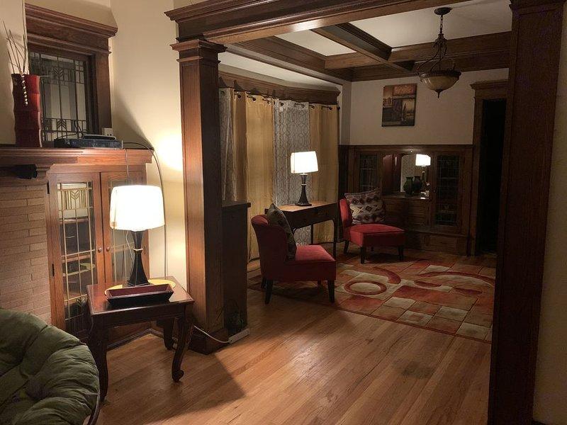 *3 Bedroom, duplex Second level Available*, alquiler de vacaciones en Cedarburg