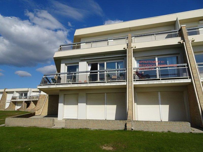 Studio alcôve 30 m2 face mer av balcon résidence sécurisée Plein Sud 2/4 pers, holiday rental in Condette