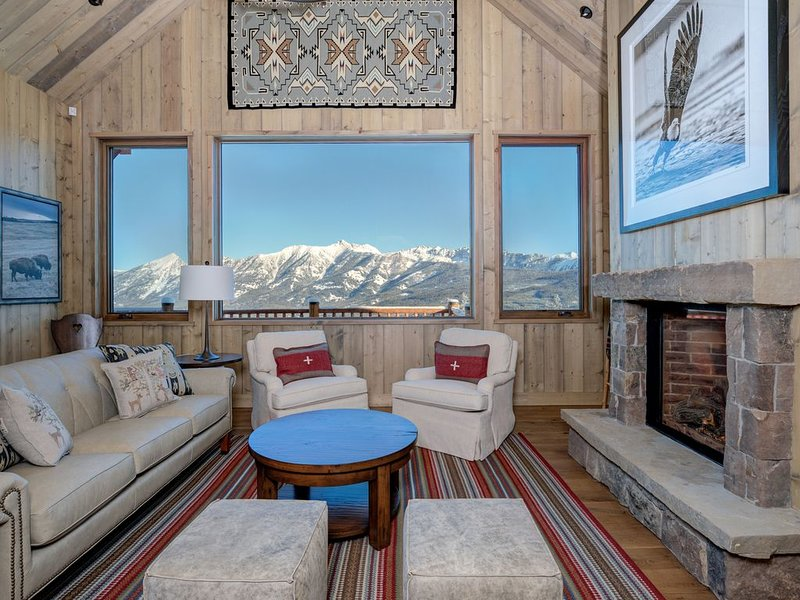 Moonlight Basin Mountain Home w/ Ski In/Out Access & Hot Tub, location de vacances à Cameron