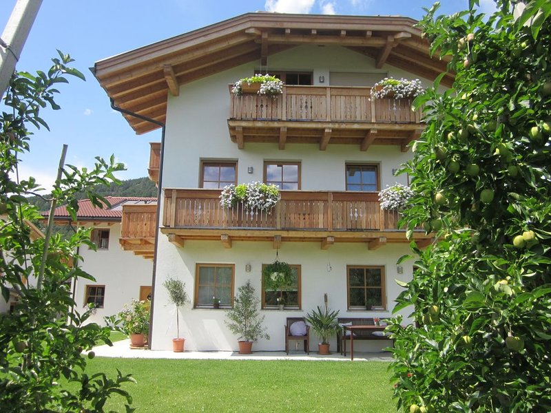 Ferienwohnung mit Schwimmbad in Südtirol, holiday rental in Vandoies