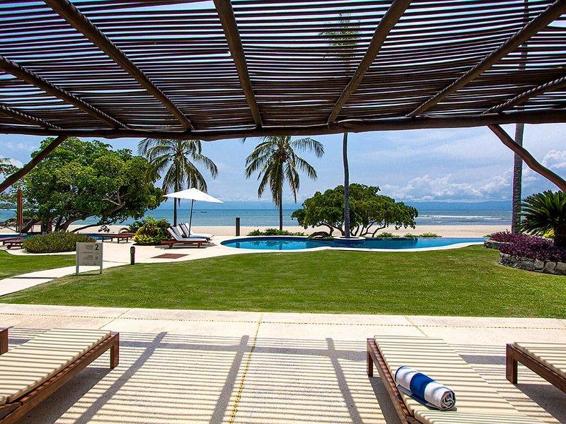 Summer Special $700! Beachfront, Premier membership, Daily Housekeeper and cook, vacation rental in Punta de Mita