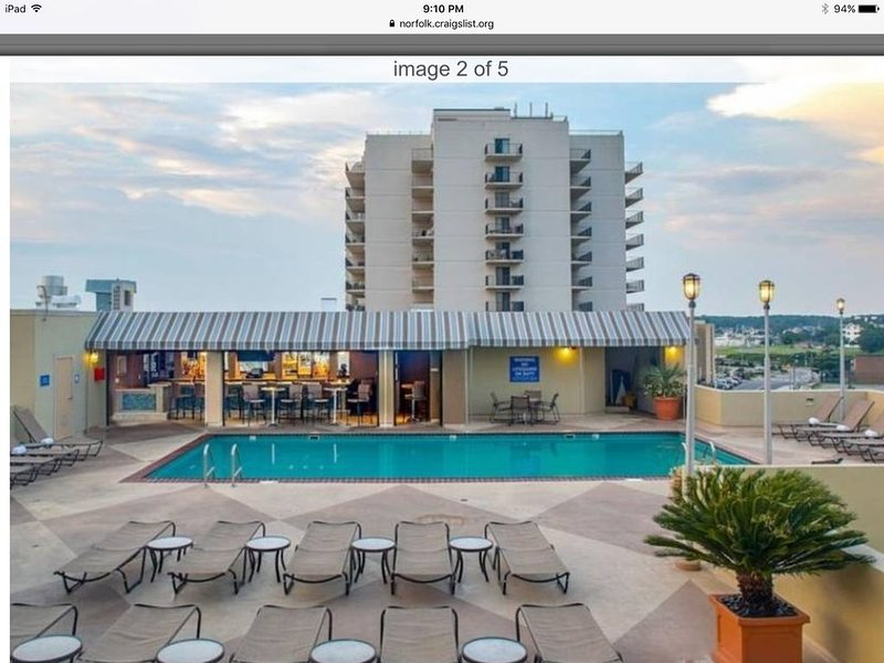 Beach Quarters Resort, Oceanfront 7/4-7/11-1BR/1BA, sleep 6, alquiler de vacaciones en Virginia Beach
