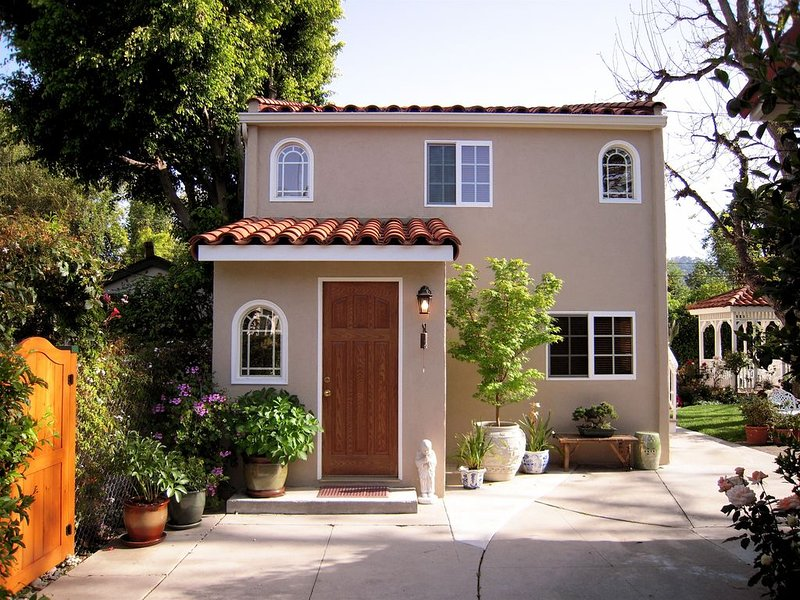 Ten Arches Guest House, alquiler de vacaciones en West Hollywood