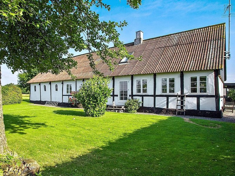 Captivating Holiday Home in Bornholm with Terrace, vacation rental in Roenne