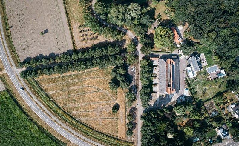 Landgutlodge Zuiddijk 2, 'Buitenplaats Weelzicht 2', holiday rental in Zierikzee