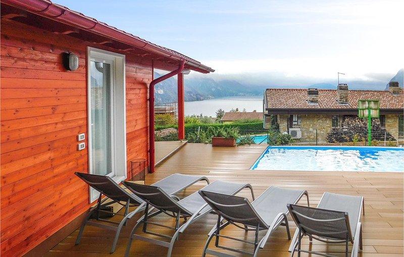 2 Zimmer Unterkunft in Riva di Solto, location de vacances à Solto Collina