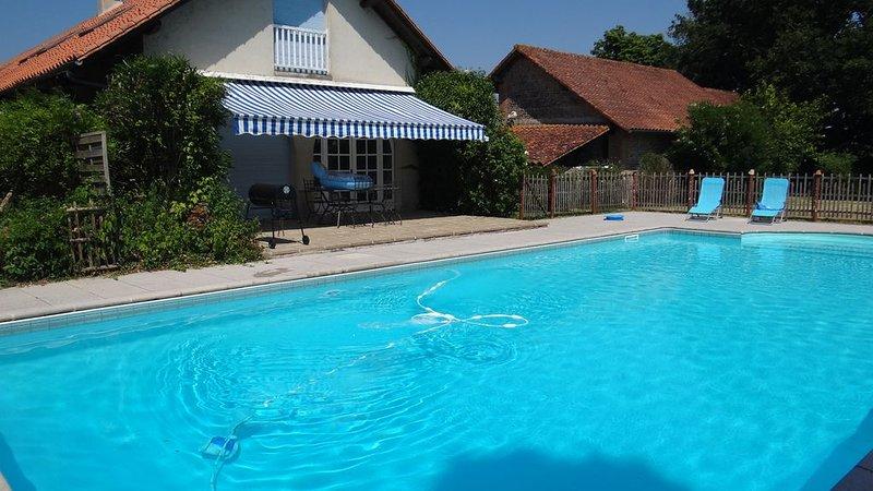 Maison indépendante tout confort (3*) pour 2 à 7 personnes., location de vacances à Eugenie Les Bains