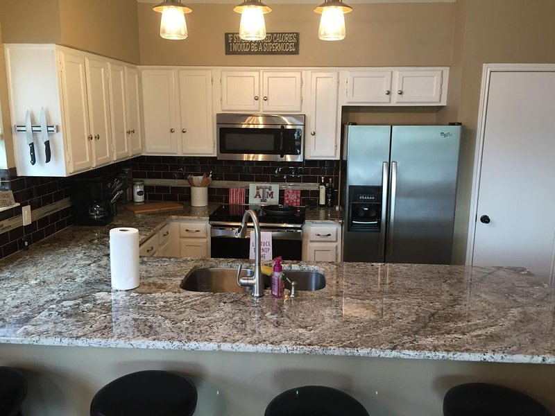 Escape by the lake �, holiday rental in Montgomery