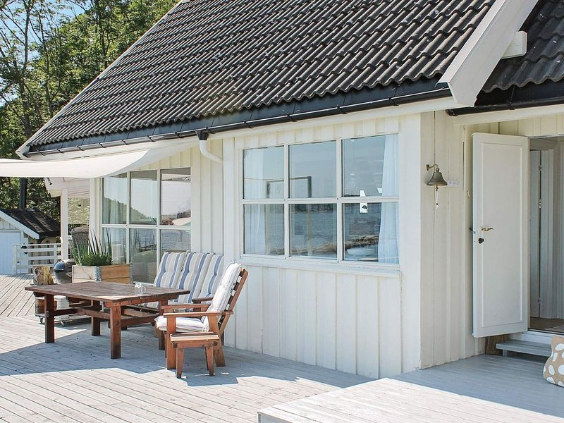 6 person holiday home in brevik, casa vacanza a Porsgrunn
