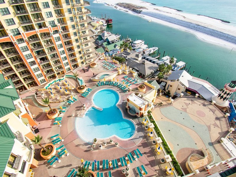 Emerald Grande 12th FL��Watch Dolphins Swim��Outstanding View, holiday rental in Niceville